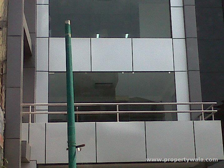 200 SQFT Commercial Space Rent Lajpat Nagar 2  South Delhi