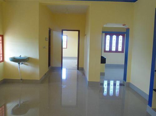 570 SQFT Commercial Space Rent Hudson Lane GTB Nagar Delhi
